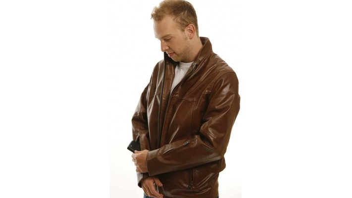 Pratical brown leather jacket